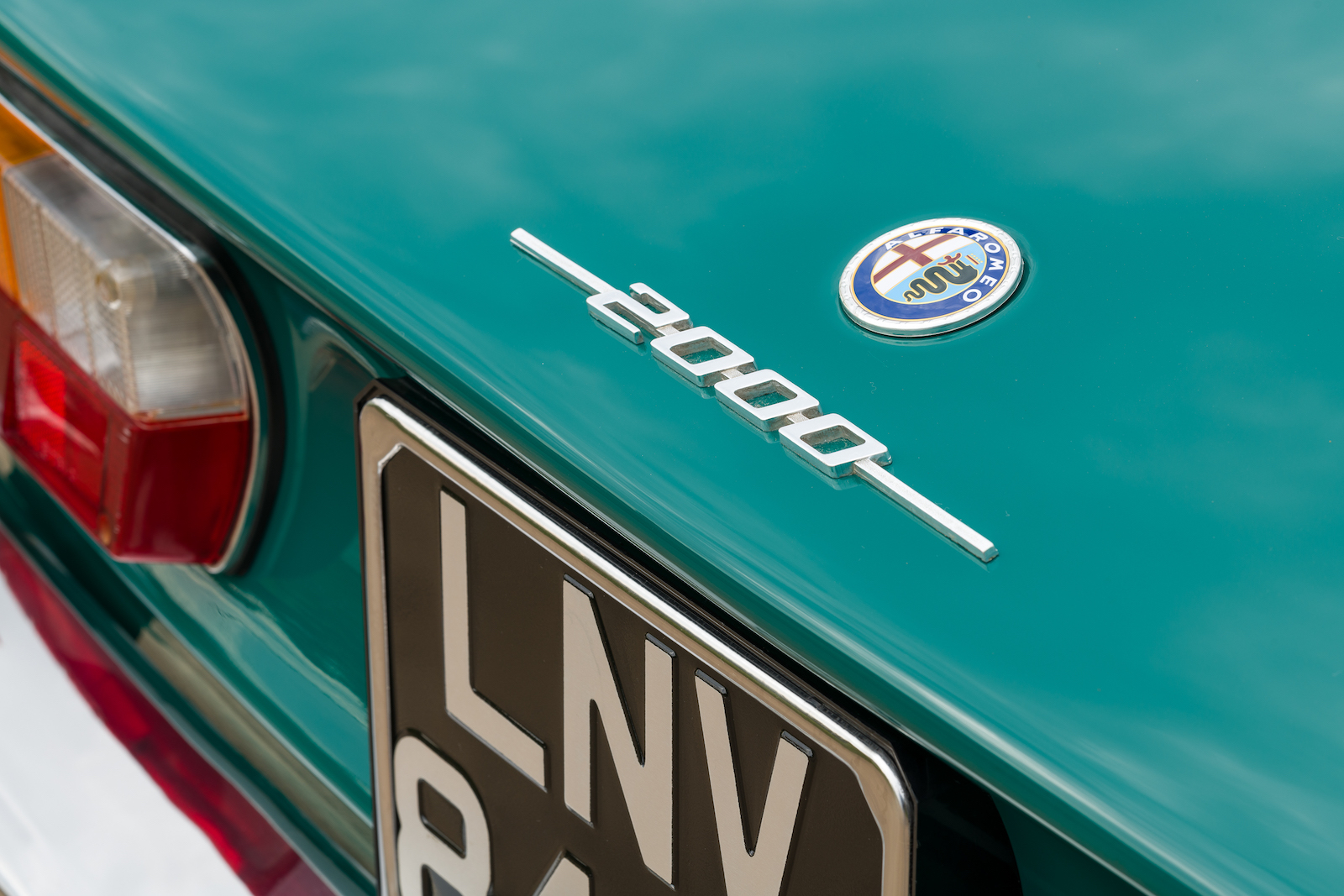 Alfa Romeo 2000 GTV: Badge